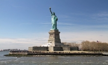 statue of liberty comolive
