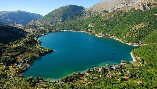 Como live notizie da como e provincia festival dei for Disegni di laghi